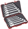 Набор универсальных комбинированных ключей с трещоткой и двойным карданом, метрический, 12 предметов.